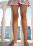 Tight Teen Debbies Shirt Skirt Blows Away - Picture 8